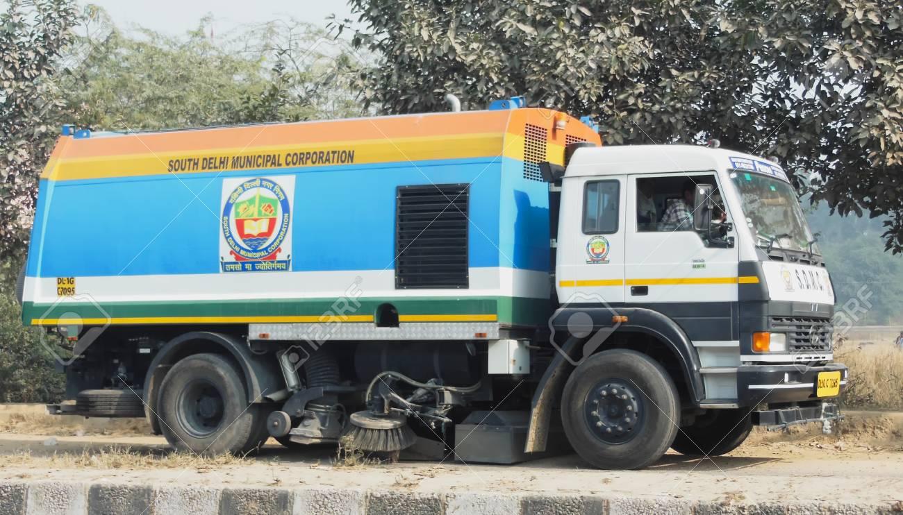 Vacuum dust cleaner sweeper truck Delhi India Dec 30 2017 South
