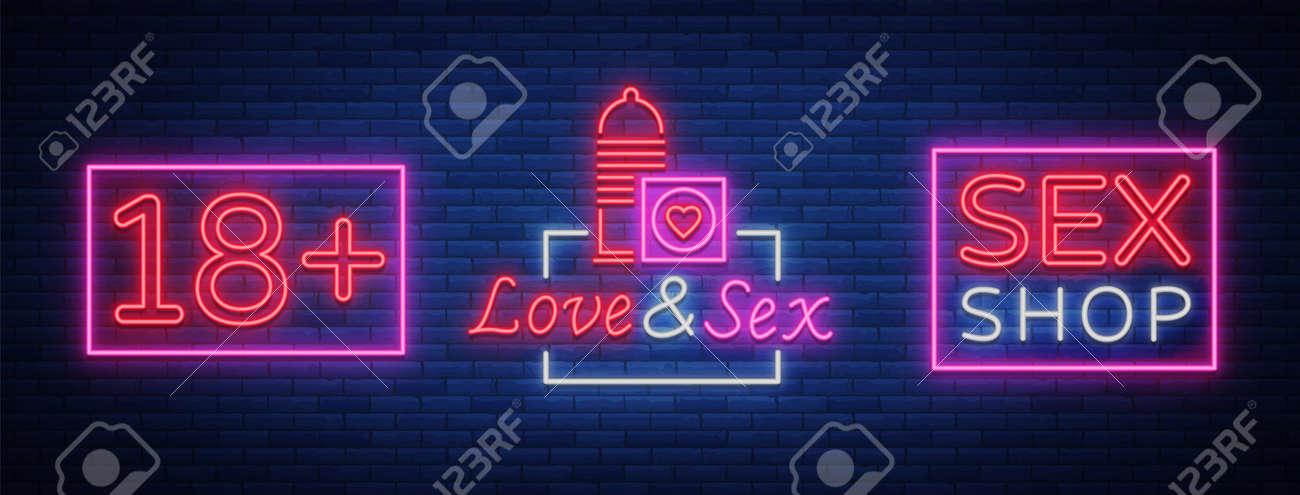 Women masturbation in shower