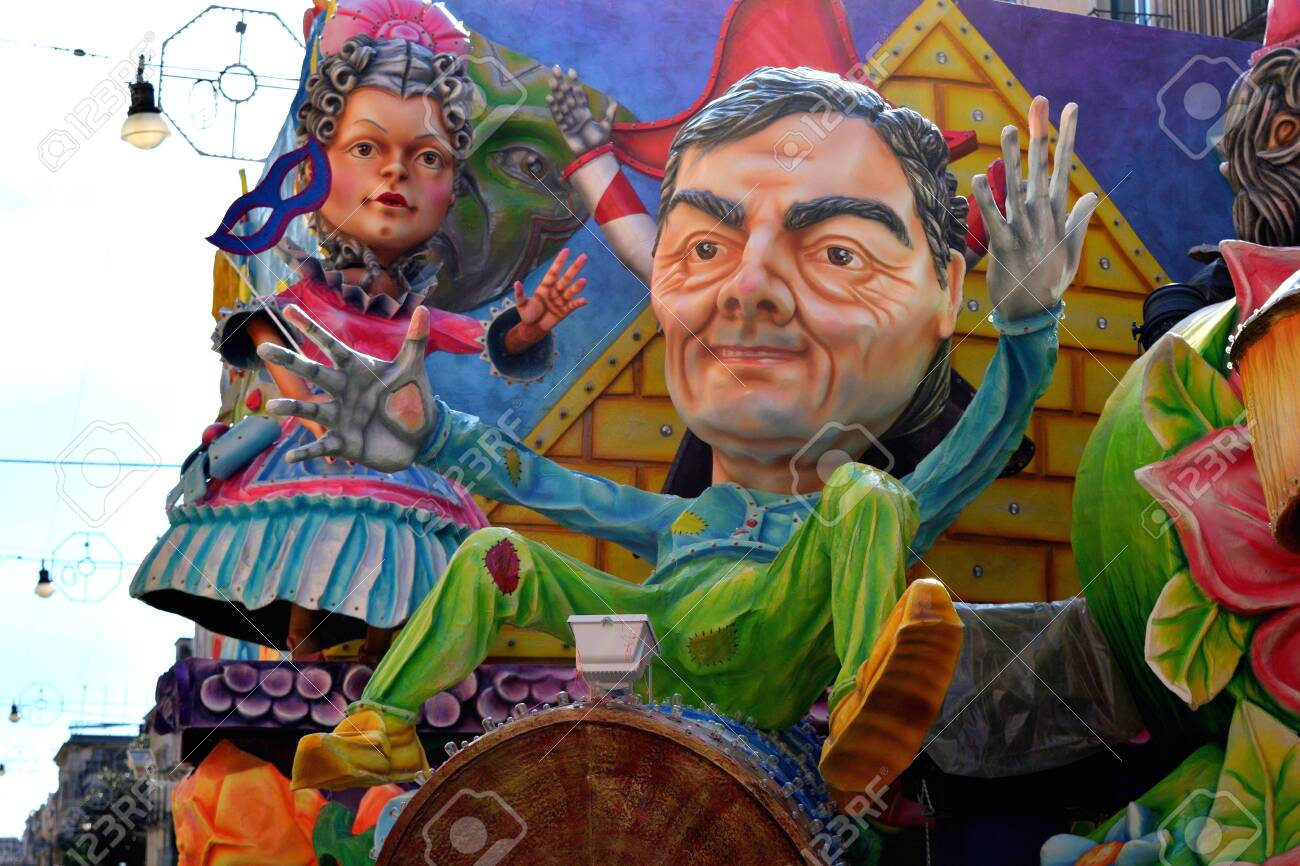 Acireale (CT), Italy - February 16, 2020: detail of a allegorical float depicting various fantasy characters during the carnival parade along the streets of Acireale. - 141805595