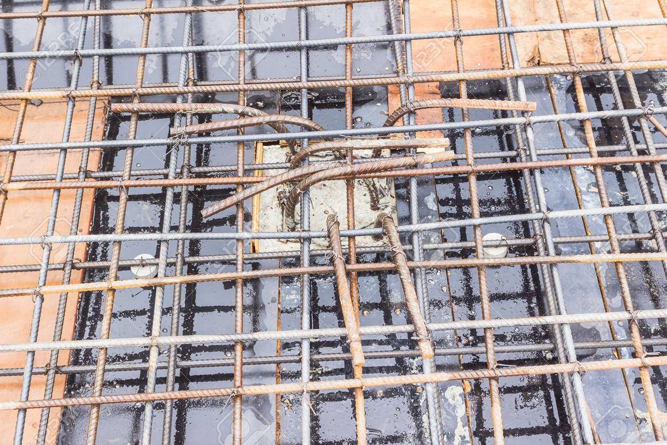 Construction Details Top Part Of Column To Support Roof Slab