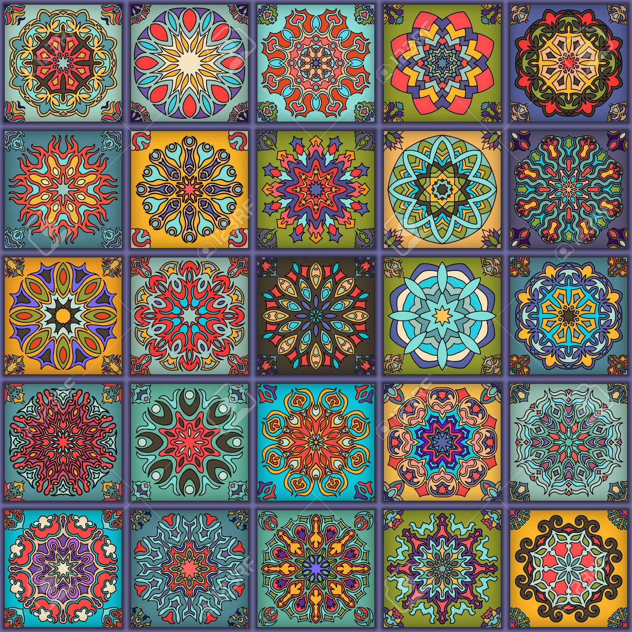 Motif Sans Couture Vintage Vintage Avec Motifs Floraux Et Mandala Dessin Dessiné Peut être Utilisé Pour Le Tissu Le Papier Peint Le Carrelage