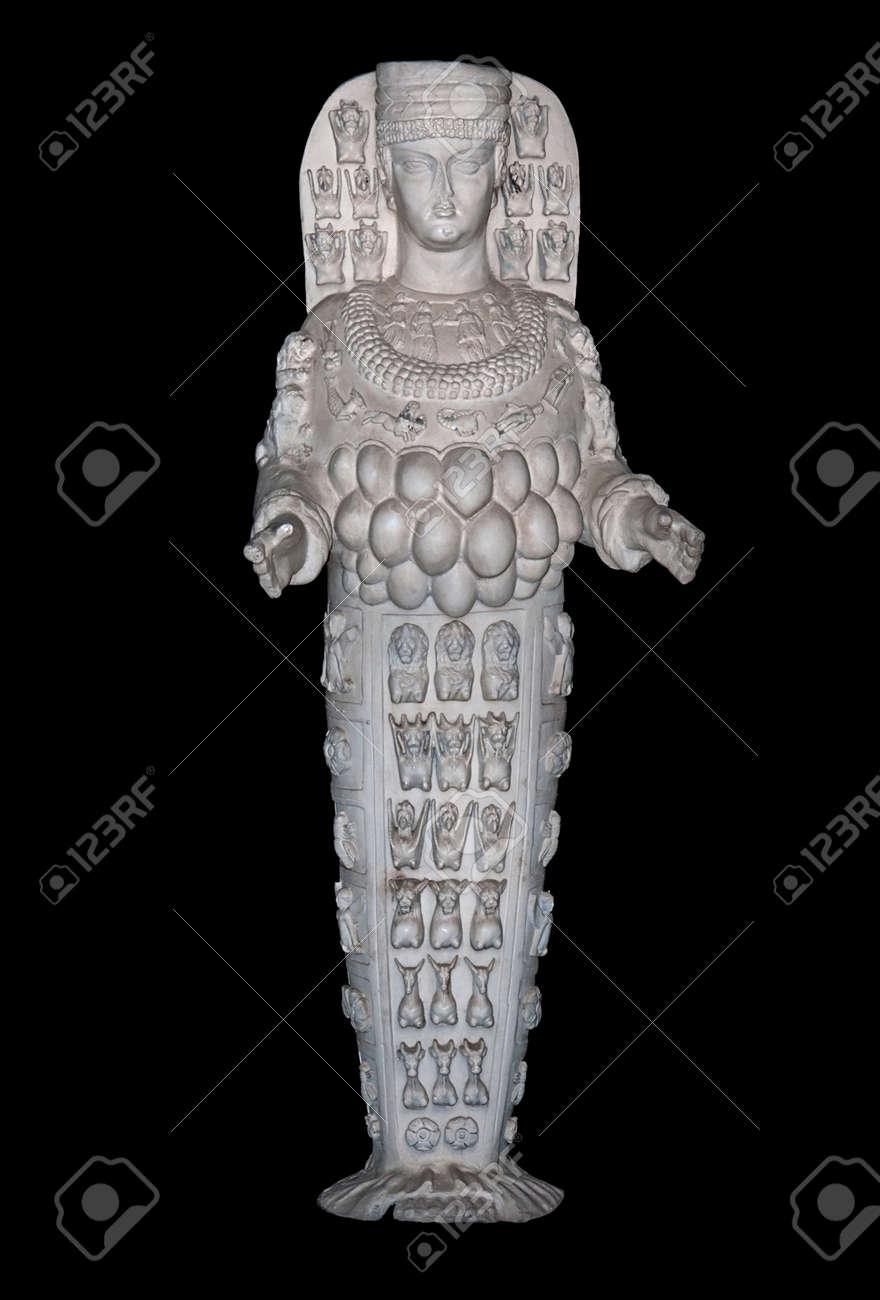 Estatua De Artemisa Diosa De La Fertilidad En éfeso Turquía Fotos Retratos Imágenes Y Fotografía De Archivo Libres De Derecho Image 39643557