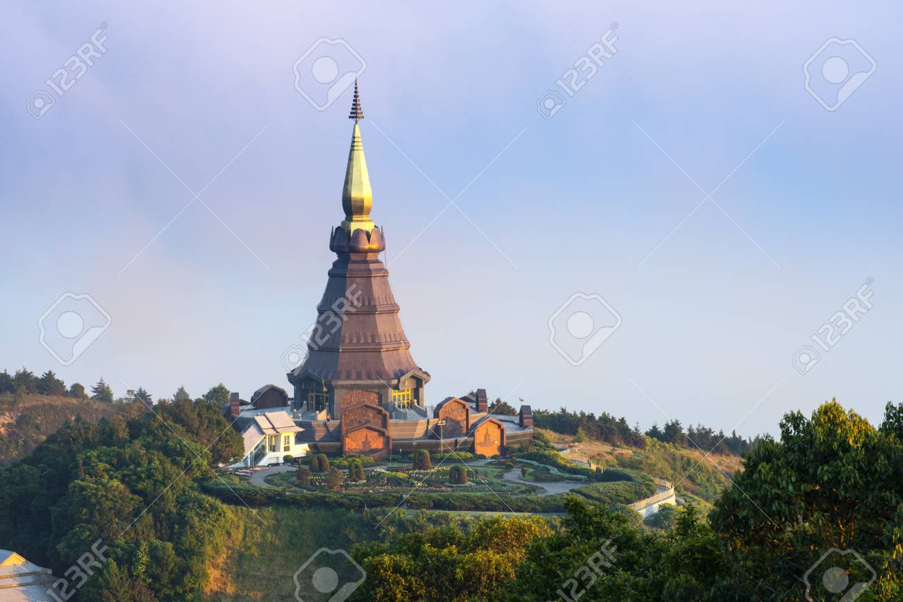 Thai Temple on North part of Thailand, Doi Inthanon Stock Photo - 17106703