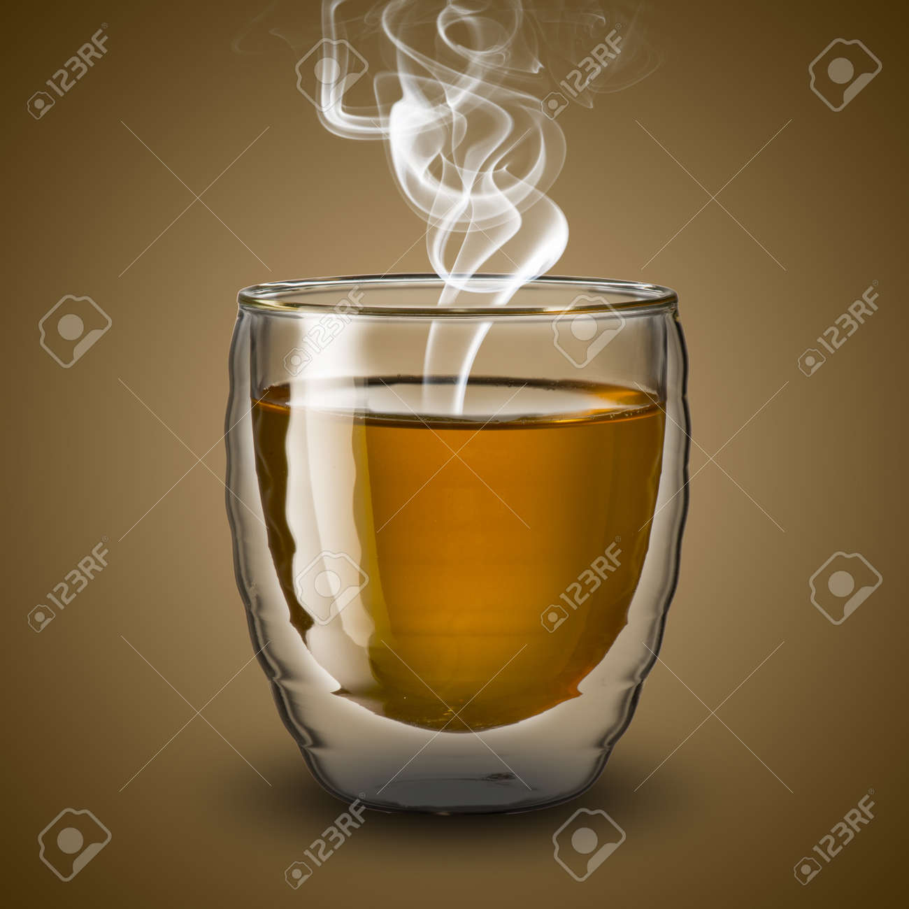 Фото стакан чая в купе 6