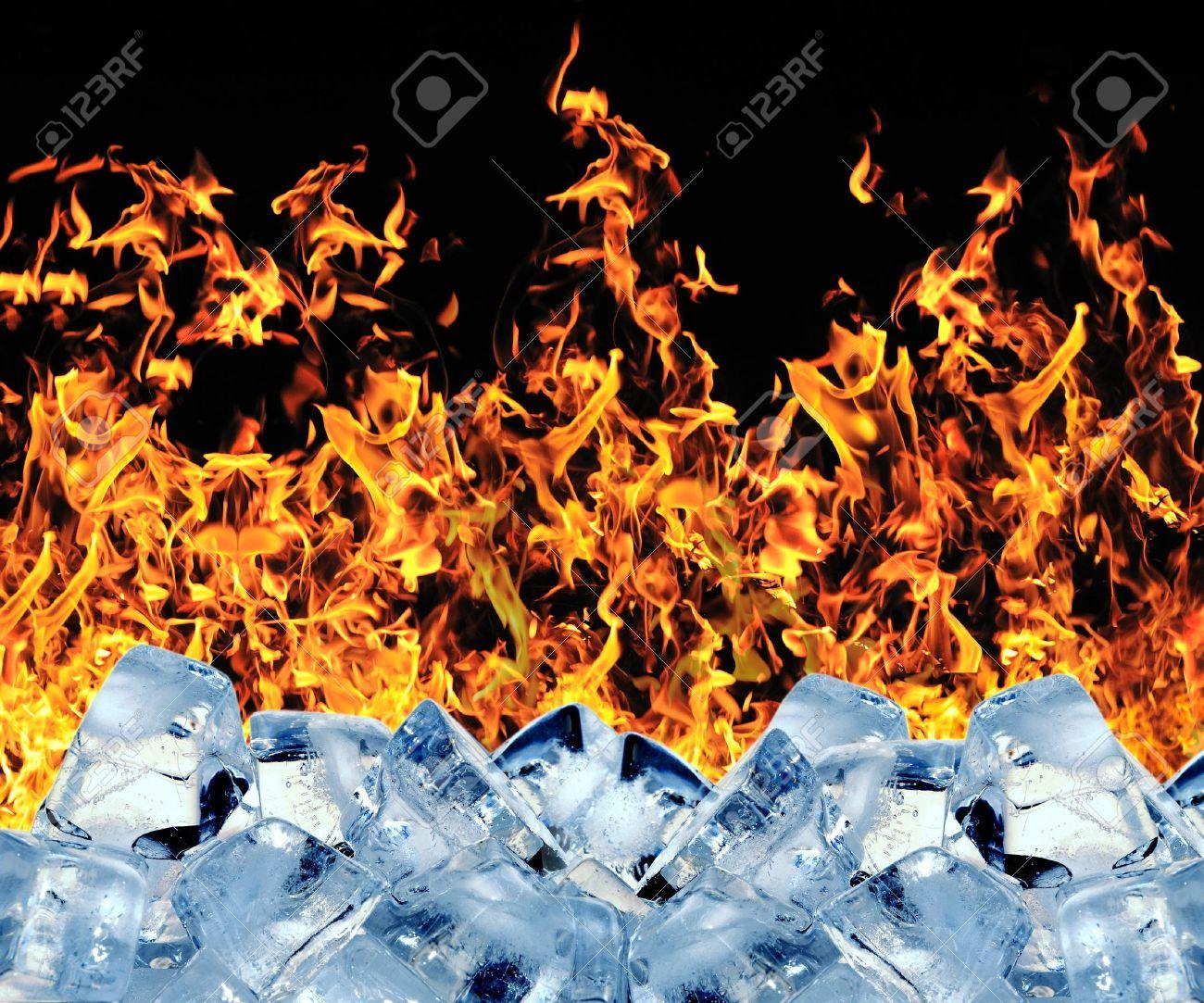 Burning ice cube Stock Photo - 14193247
