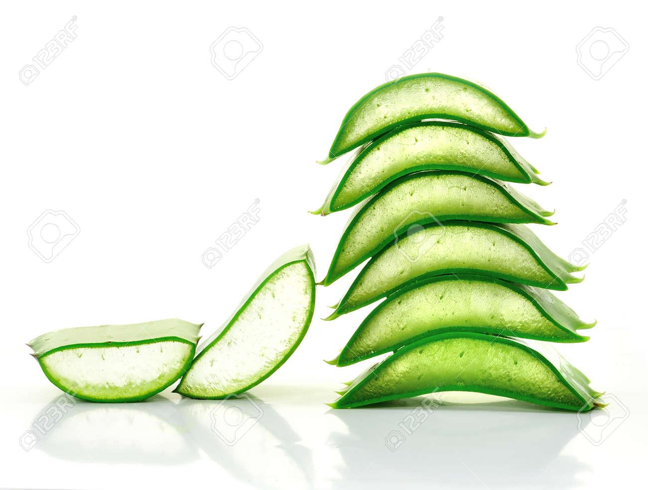 aloe vera fresh leaf. isolated over white Stock Photo - 15954870