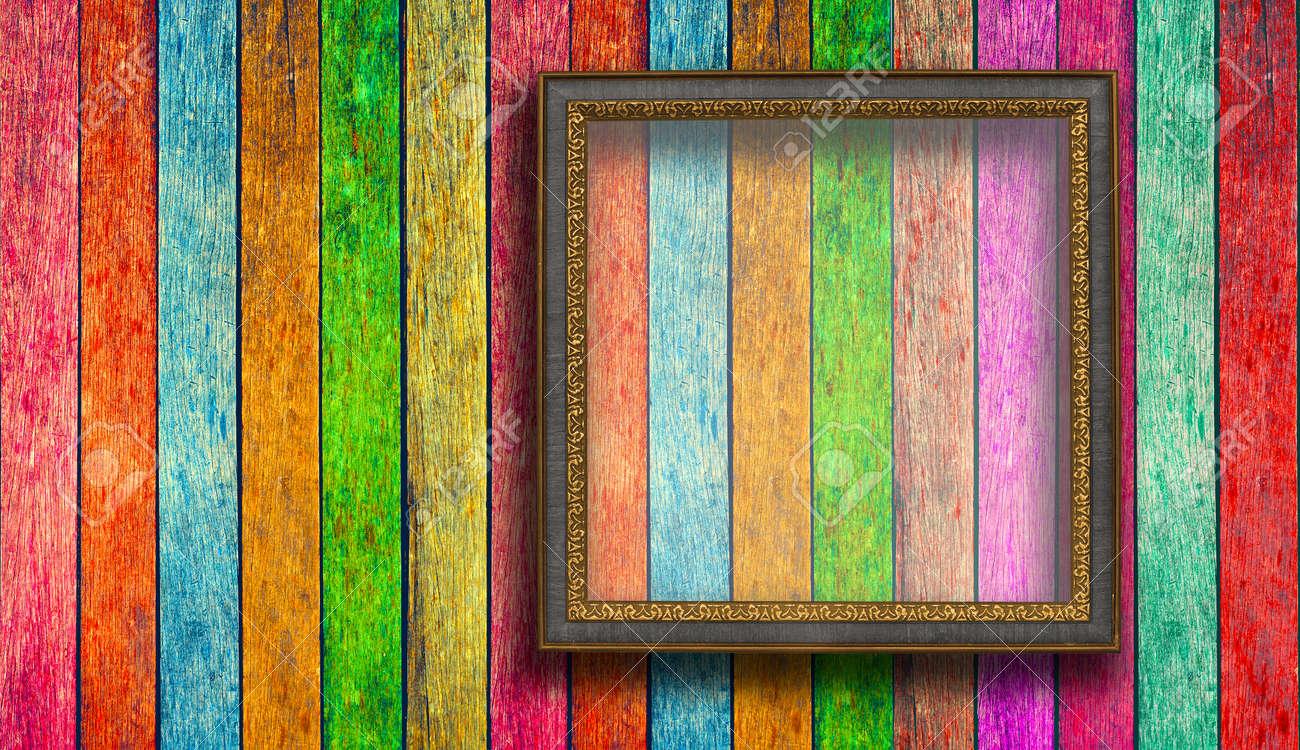 Bunte Bilderrahmen Auf Holz Textur Lizenzfreie Fotos, Bilder Und ...