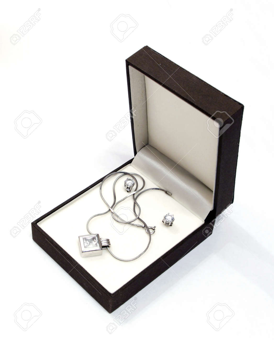 box with jewellery against the white background Stock Photo - 12915699