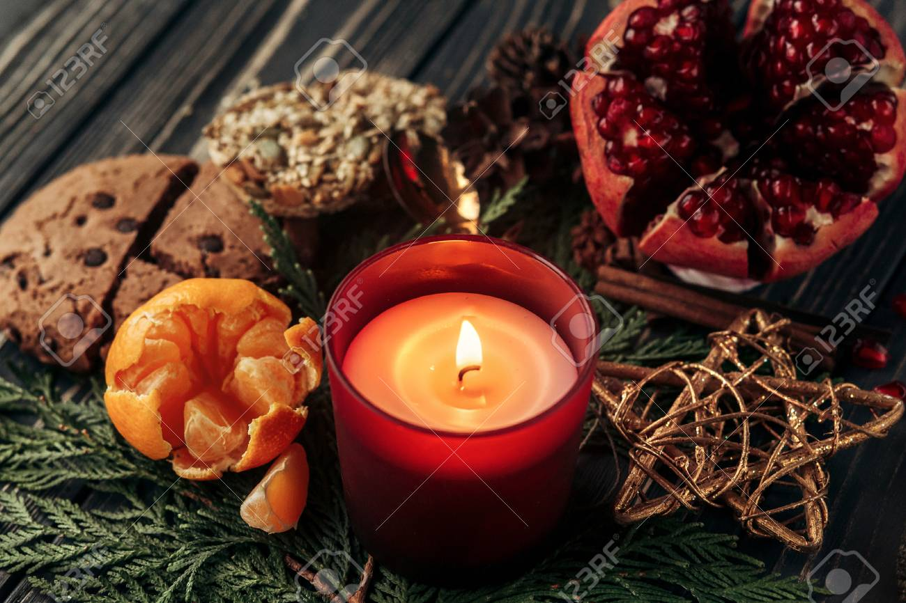 Stylish Rustic Christmas Wallpaper Candle And Presents With Red