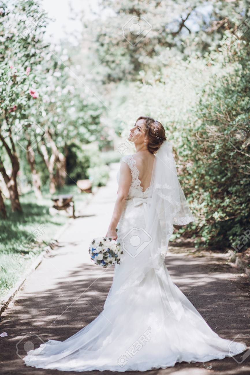 Beste Biker Brautkleid Ideen - Hochzeit Kleid Stile Ideen ...