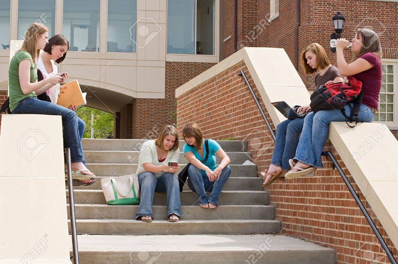 Group of college Girls on Campus Studying - 5931349