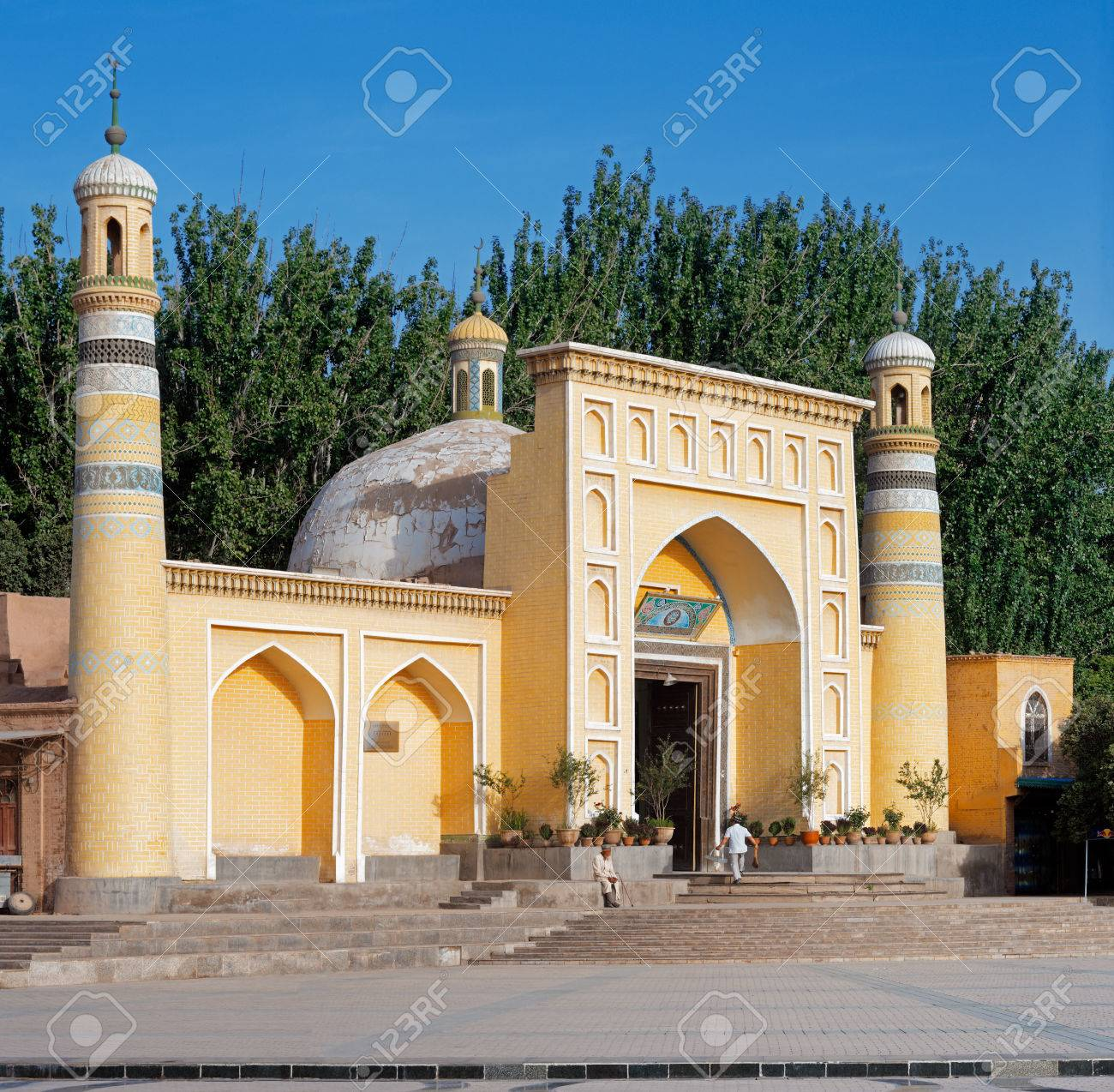 Mosquée Id Kah, Kashgar, Xinjiang Privince, Chine. Ce Est La Plus Grande  Mosquée En Chine. Ce Est Le Lieu Central De Culte Pour La Population  Ouïghoure Locale Qui ...