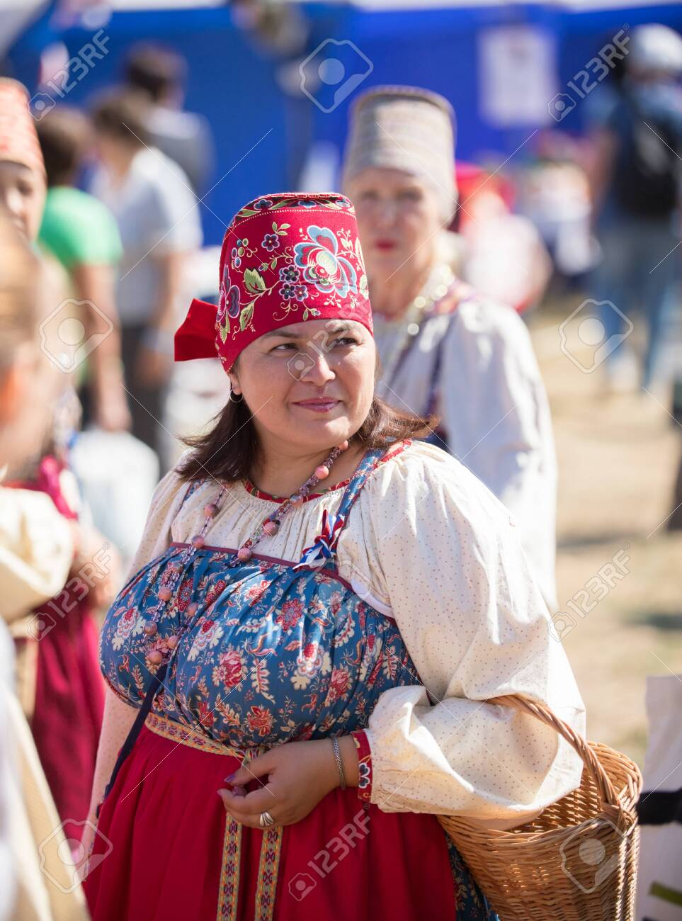 Mature women videos russian Sofia Vergara
