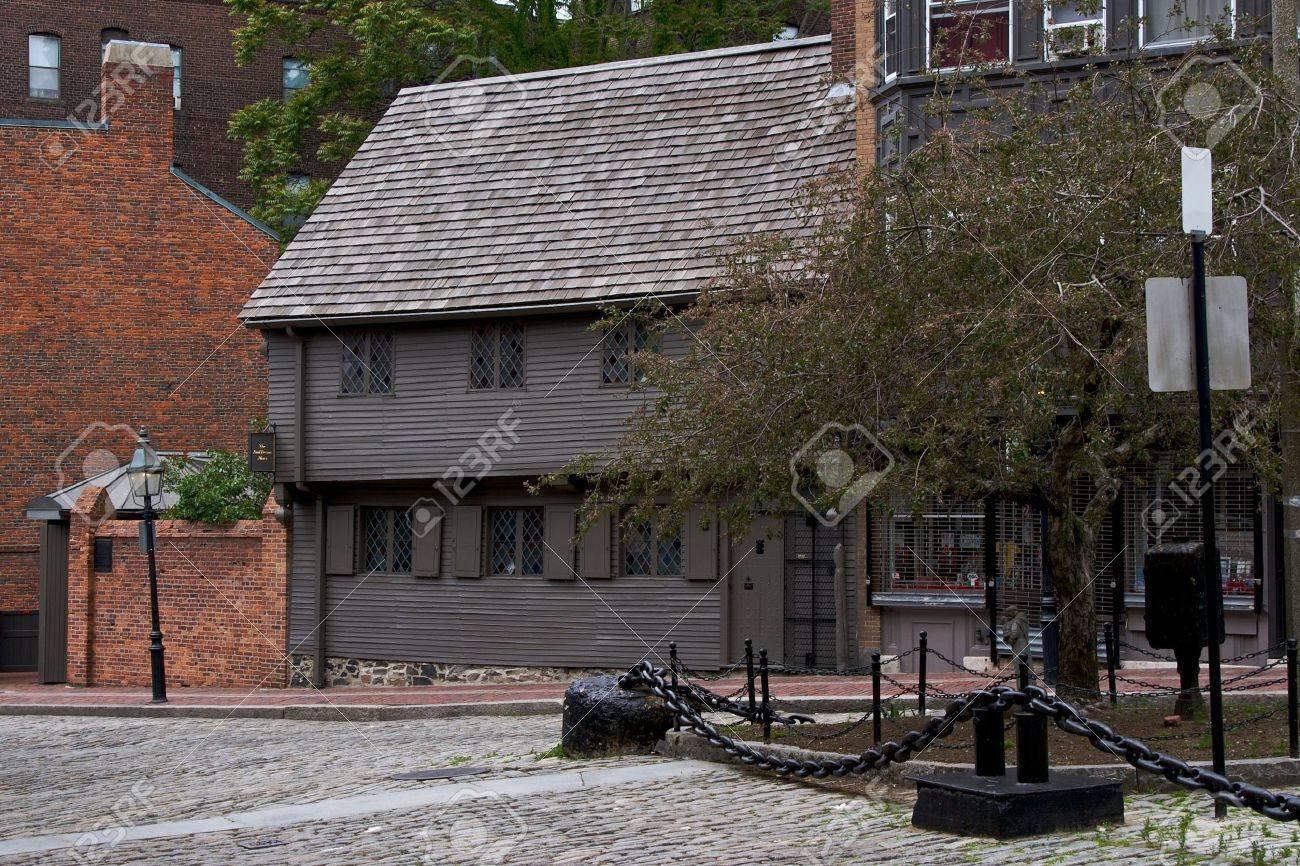 north end boston massachusetts landmark paul revere house in north square Stock Photo - 3237098