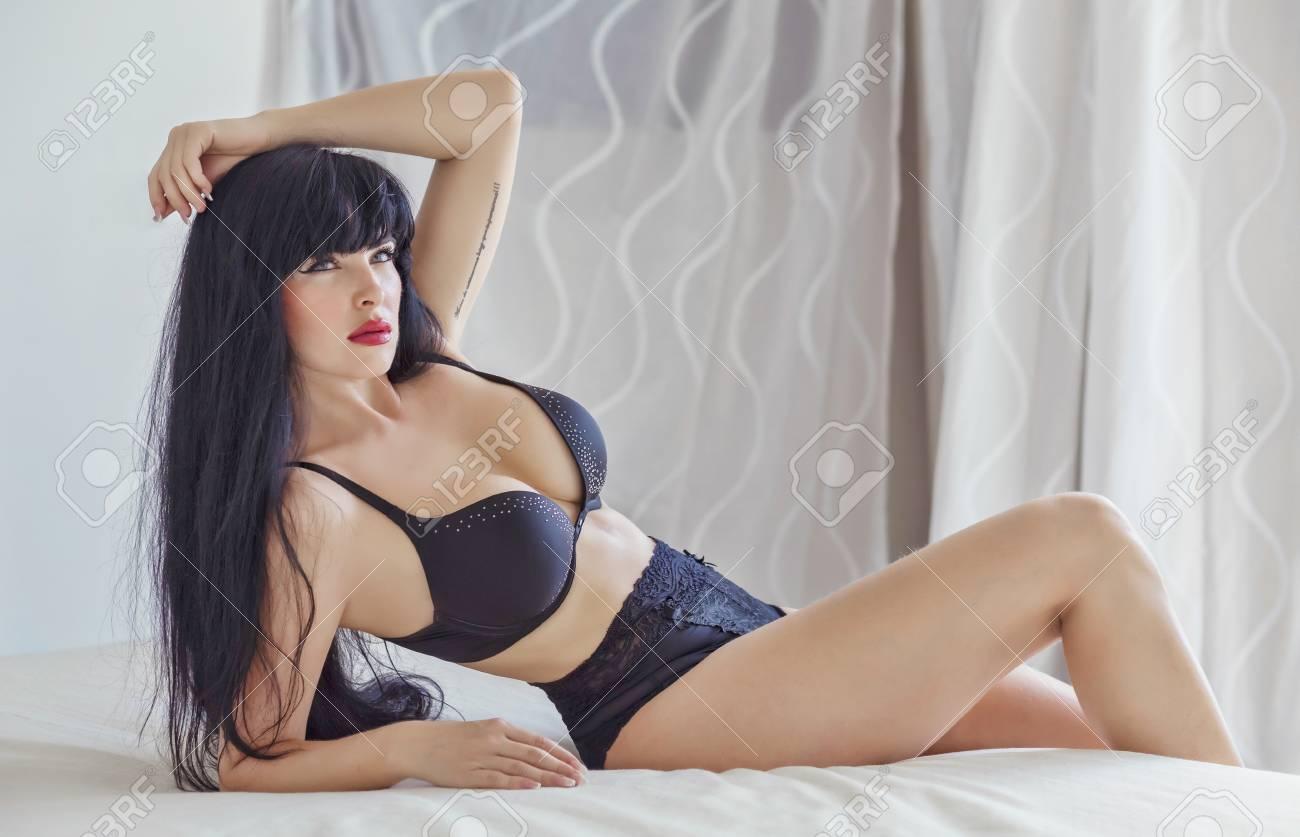 Sexy Latina Teen Striptease