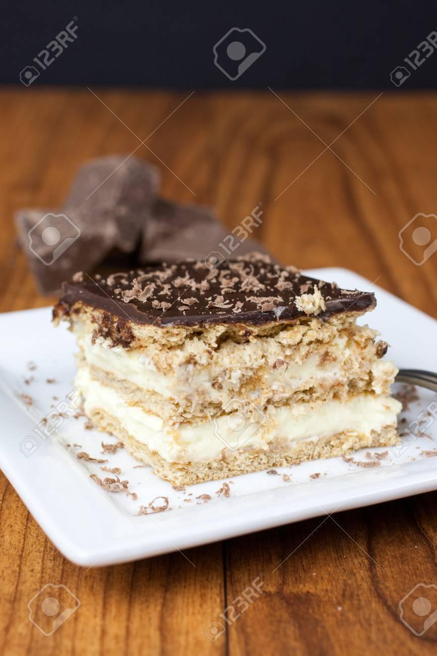 Ein Schicht Boston Creme Kuchen Stil Dessert Mit Franzosisch Vanille