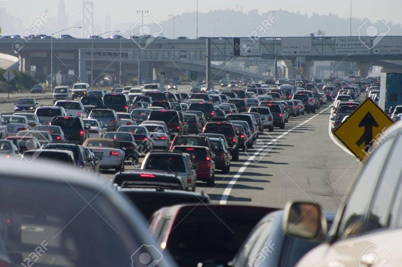 Rush-hour traffic approaching the Oakland-San Francisco Bay Bridge