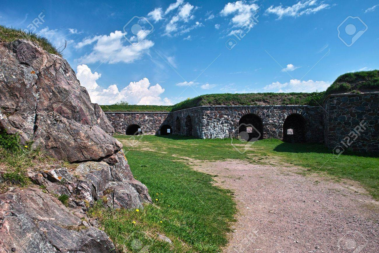 Old walls and bastions of Sweaborg fortress, Finland Stock Photo - 7151252