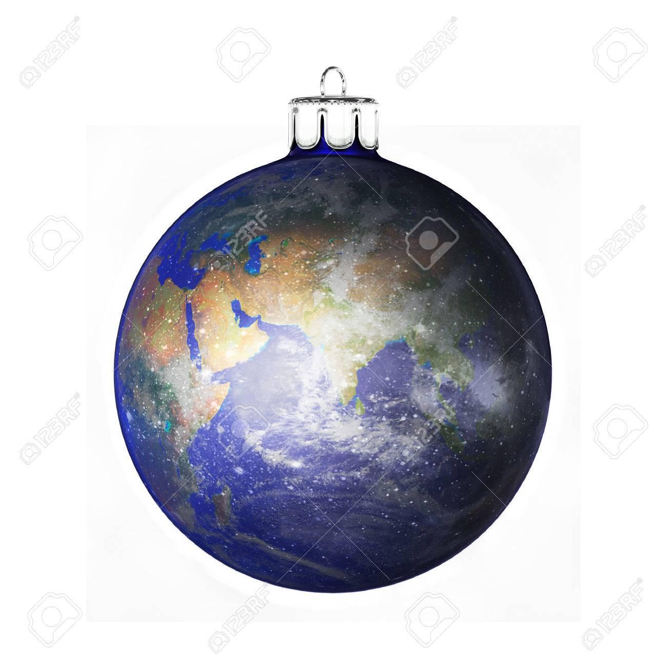 Boule De Noel Parfait Dans La Forme De La Planete Terre Isole Sur Fond Blanc Banque D Images Et Photos Libres De Droits Image 43647446