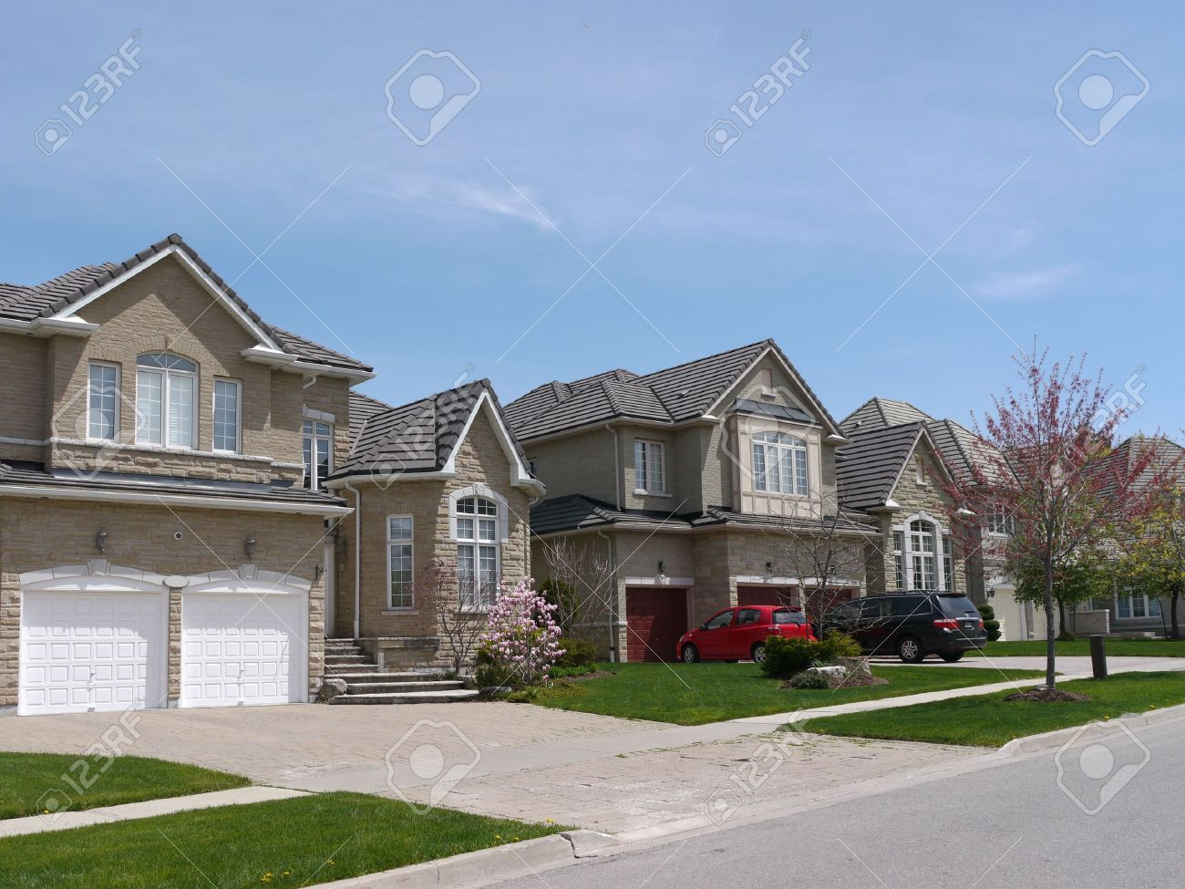 Chicago usa may 2011 suburban street with modern houses stock photo 9889453
