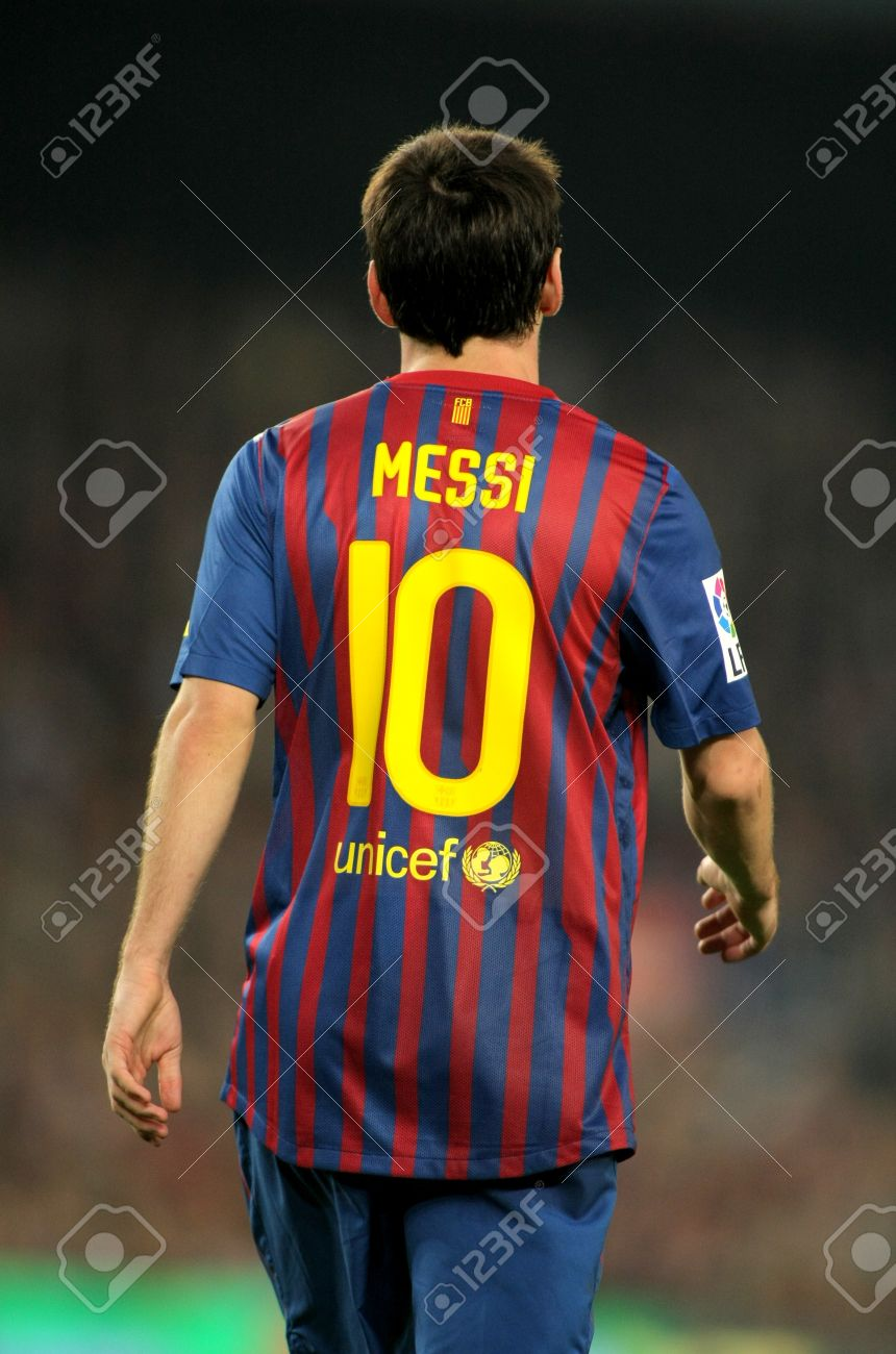 Back of Leo Messi of FC Barcelona during the spanish league match between FC Barcelona and RCD Mallorca at the Nou Camp Stadium on October 29, 2011 in Barcelona, Spain Stock Photo - 11314423