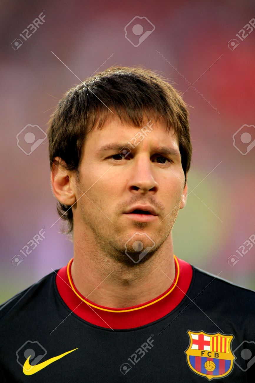Leo Messi of FC Barcelona posing before the spanish league match against Osasuna at the Nou Camp Stadium on September 17, 2011 in Barcelona, Spain Stock Photo - 11440963