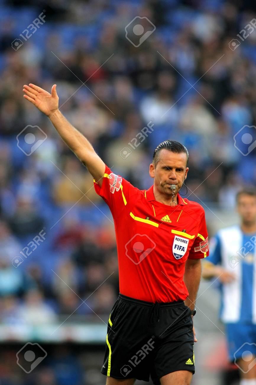 Referee Muniz Fernandez during a Spanish League match between RCD Espanyol vs Real Sociedad at the Estadi Cornella on April 7, 2012 in Barcelona, Spain Stock Photo - 13266185