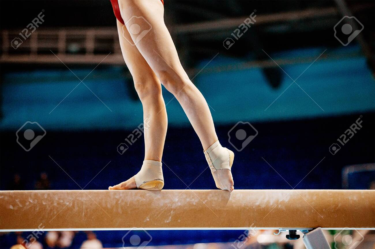 legs women balance beam gymnastics in summer games - 142685772
