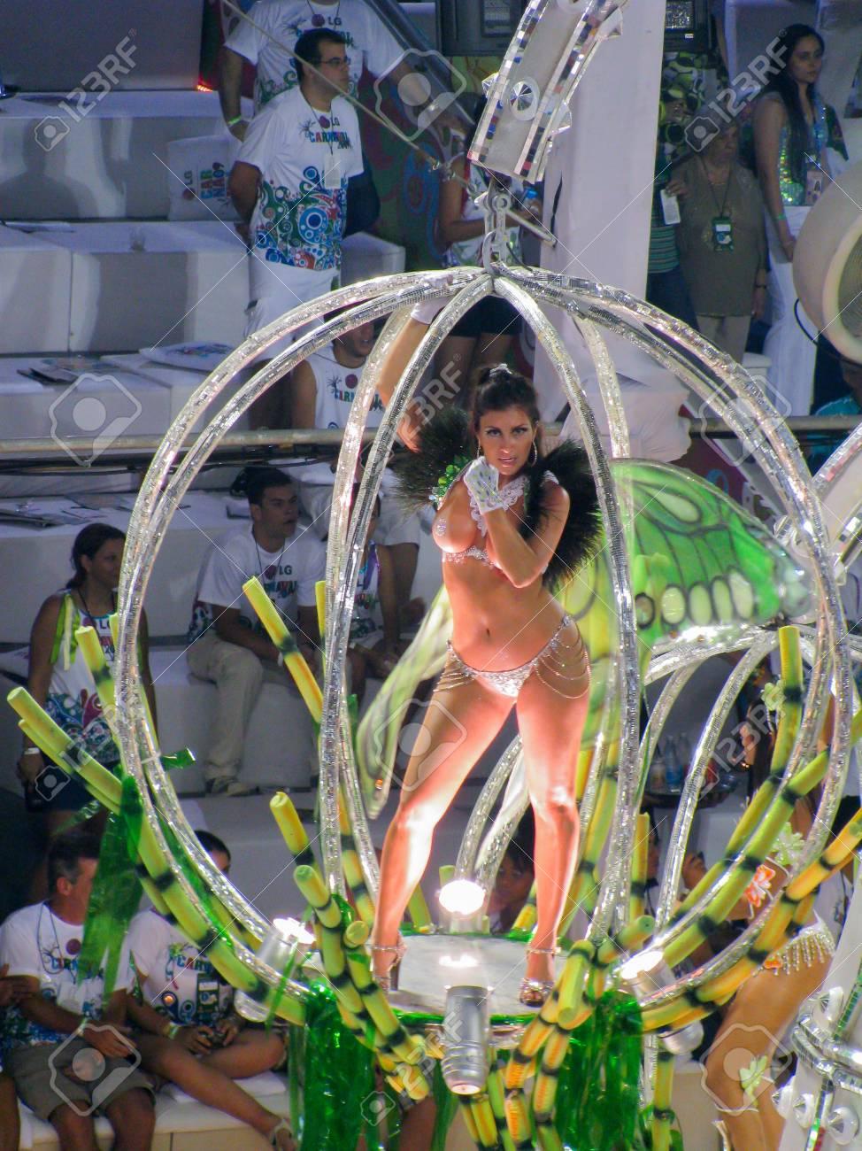 Foto de mujer desnuda del carnaval de rio de janeiro photos 621