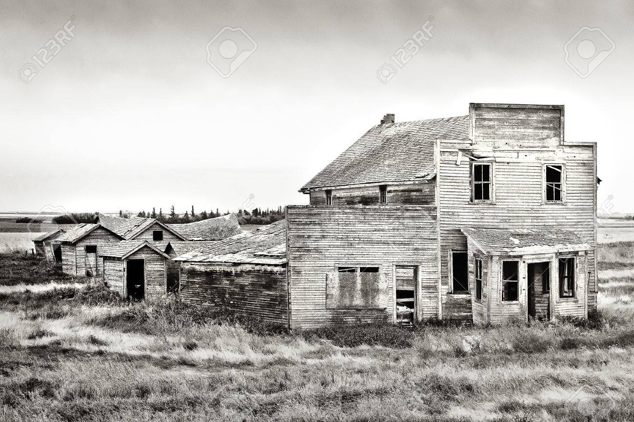 Old rustic and vintage abandoned general store in the Canadian prairie ghost town of Bents Stock Photo - 9454229