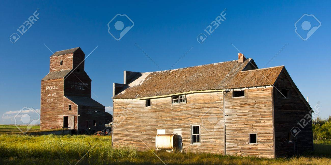Vintage old-fashioned buildings abandoned in an old ghost town Stock Photo - 12174921