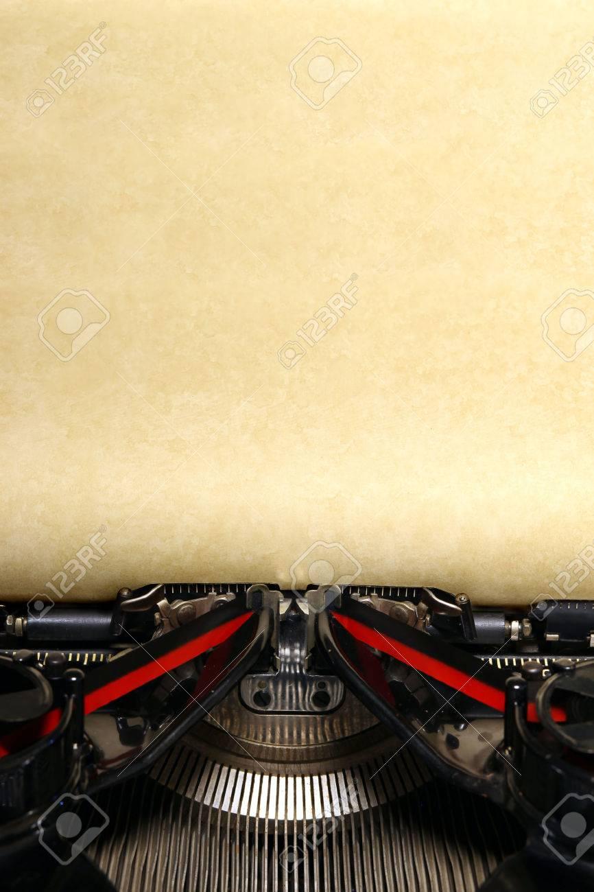 Old vintage typewriter with blank paper - 43651663