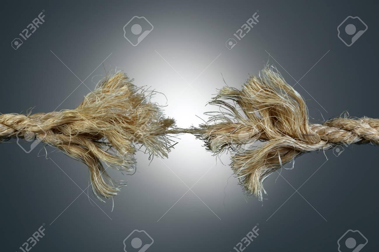 Rope fraying - 76748317