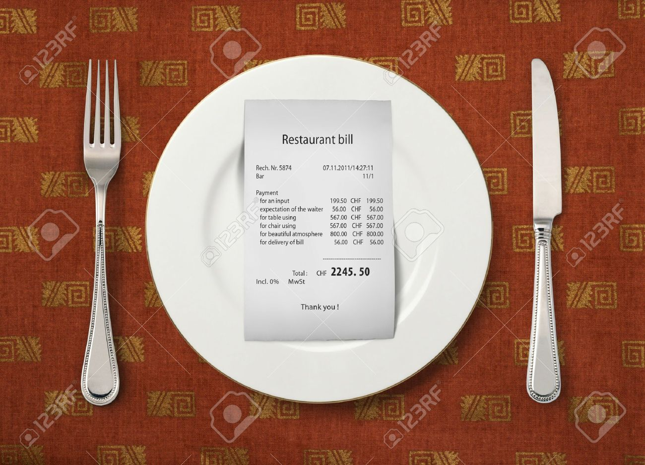 The bill on empty plate at restaurant Stock Photo - 11114438
