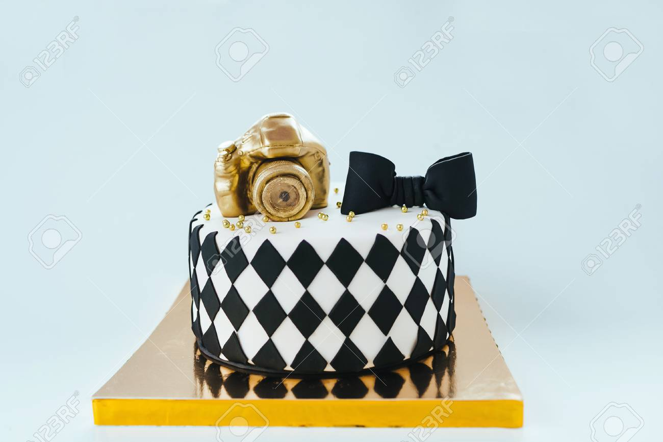 Phenomenal Black And White Birthday Cake For Photographer On Bright Funny Birthday Cards Online Alyptdamsfinfo