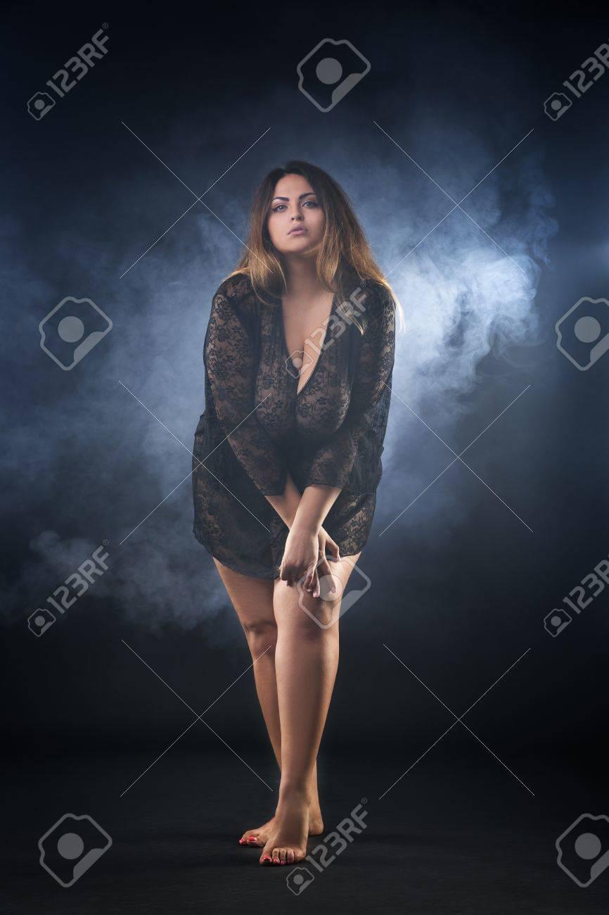 Nackte schwarze weibliche Modelle