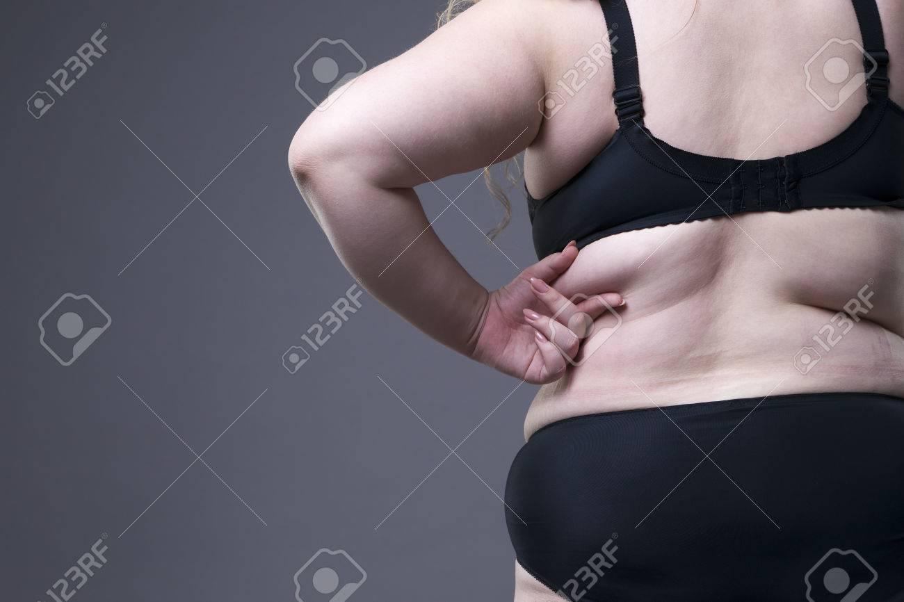 grasso ragazza nera in lingerie