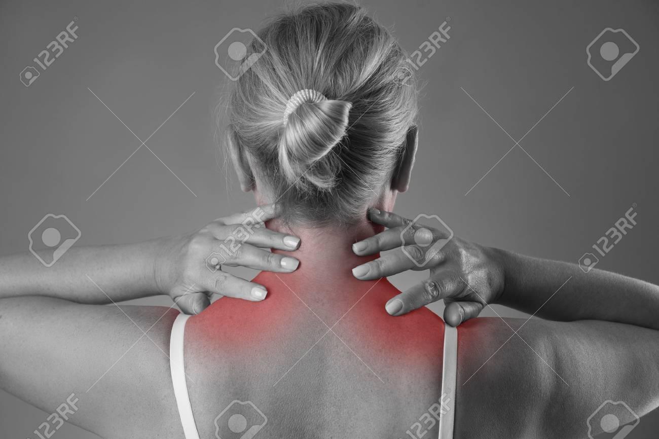 Nackenschmerzen, Massage Des Weiblichen Körpers, Schmerz Im Körper ...
