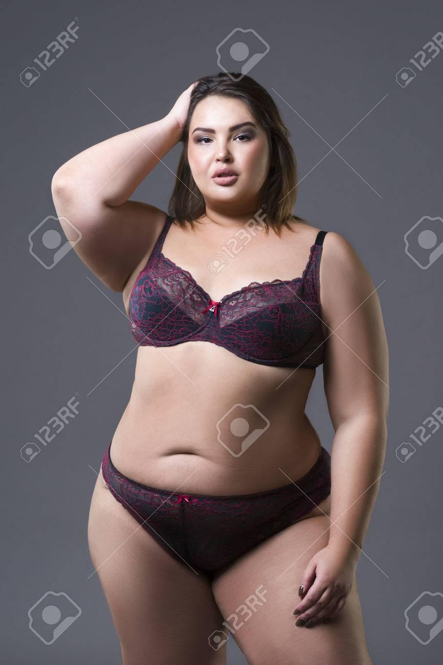 femelle hanches mannequin femme modle sous-vêtements underware affichage