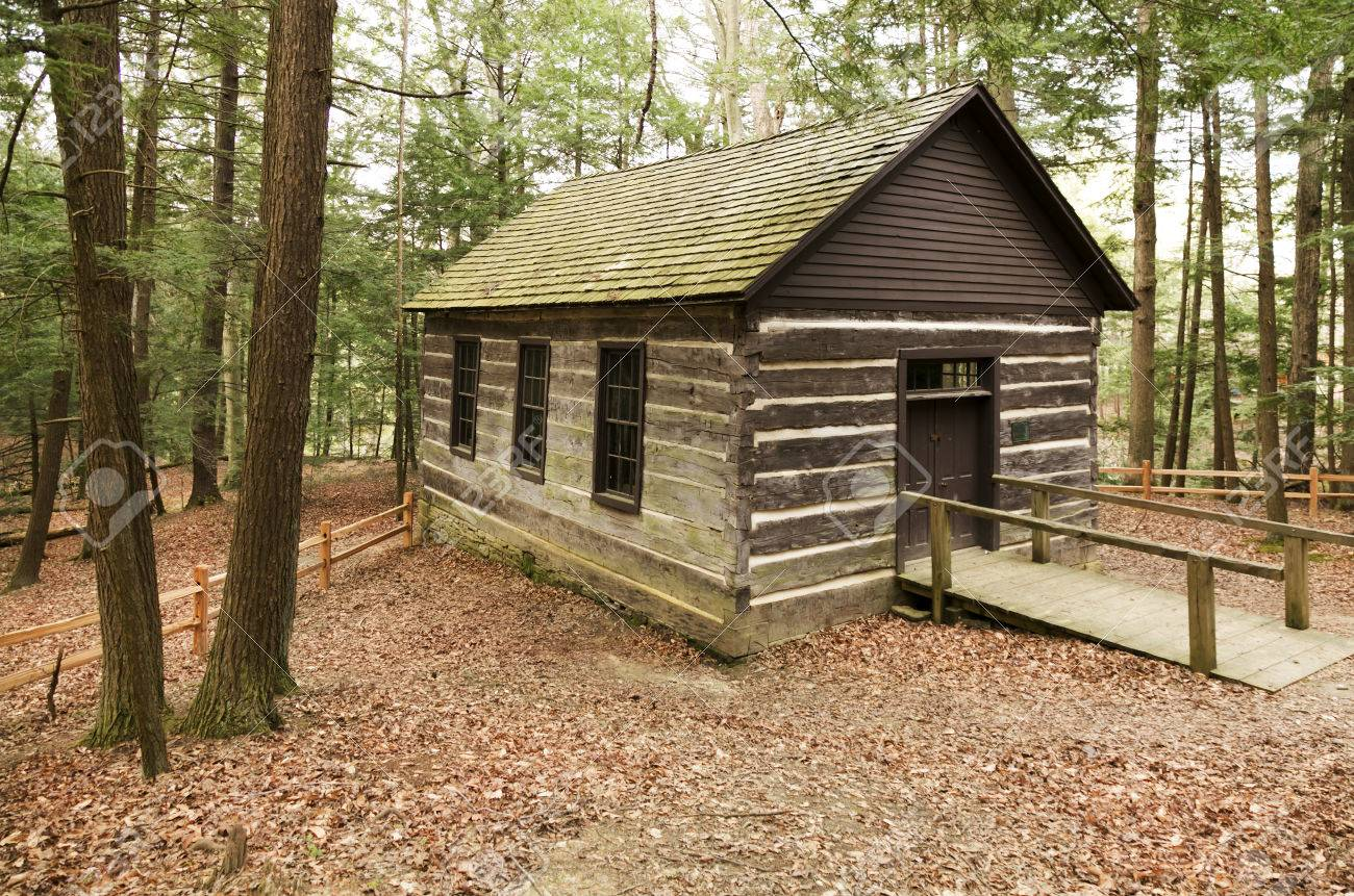 Merveilleux Historic But Active Log Cabin Church In The Woods In Turkey Run State Park,  Indiana