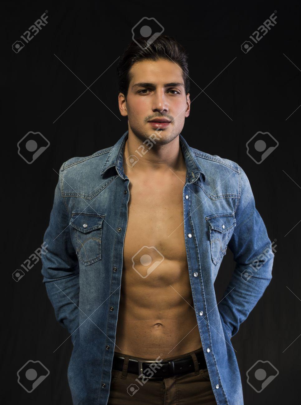 Naked young latino boys foto 922