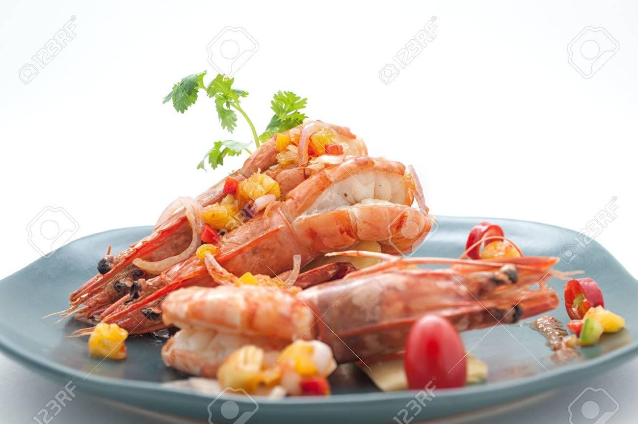 Disegno cucina internazionale : Piatti Di Thailandia E Cina Cucina Internazionale Isolato Su ...