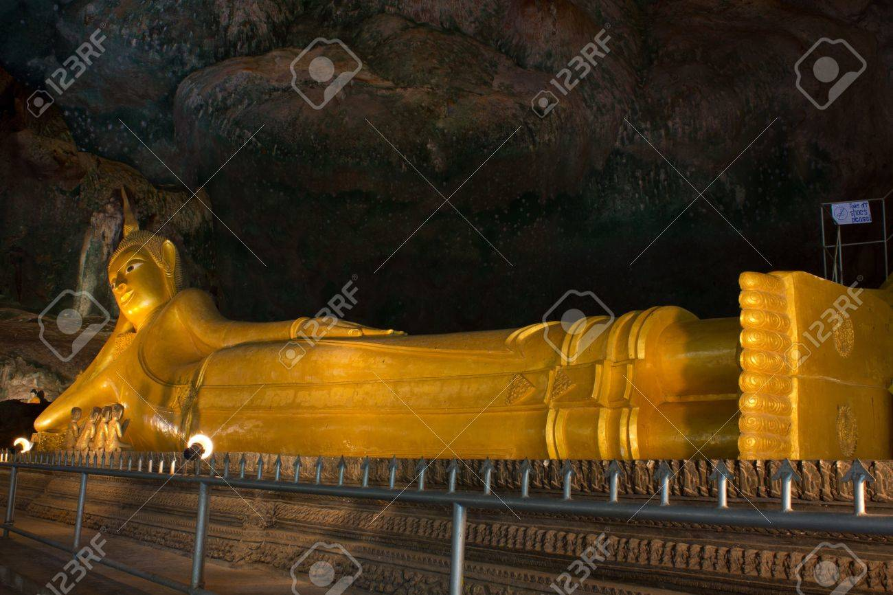 Statue of Reclining Buddha in Buddhist temple at Suwankuha temple Phang Nga-Phuket  & Statue Of Reclining Buddha In Buddhist Temple At Suwankuha Temple ... islam-shia.org