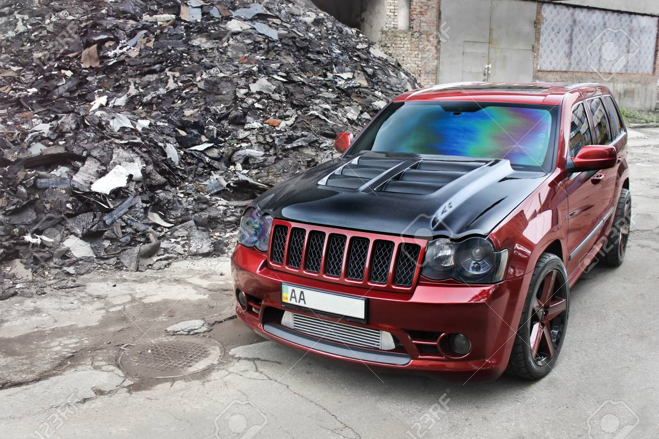 Jeep Grand Cherokee Off Road >> Jeep Grand Cherokee Srt8 Brutal Off Road Car On A Background