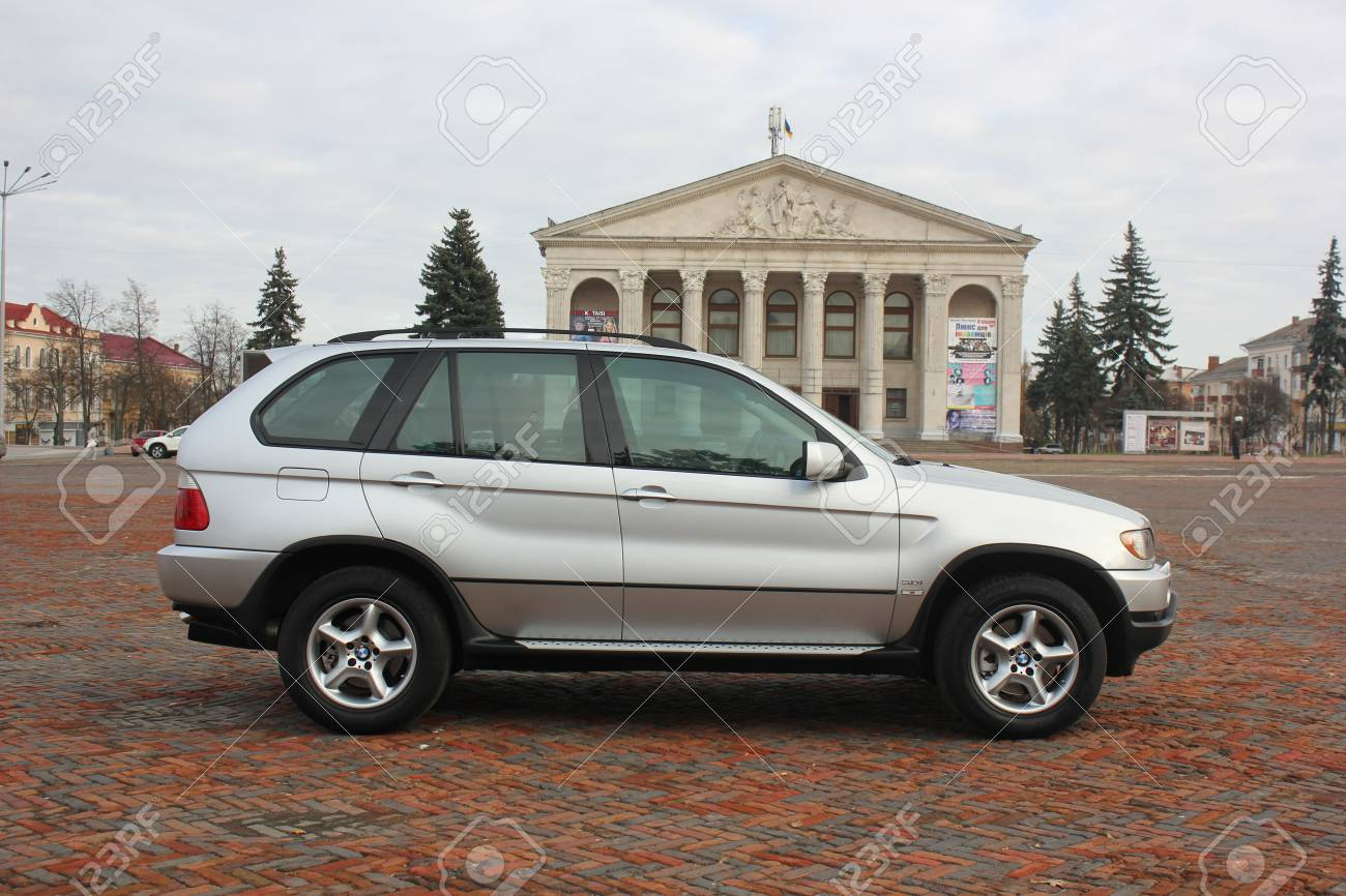 Chernigov Ukraine November 2017 Gray Off Road Car Bmw X5