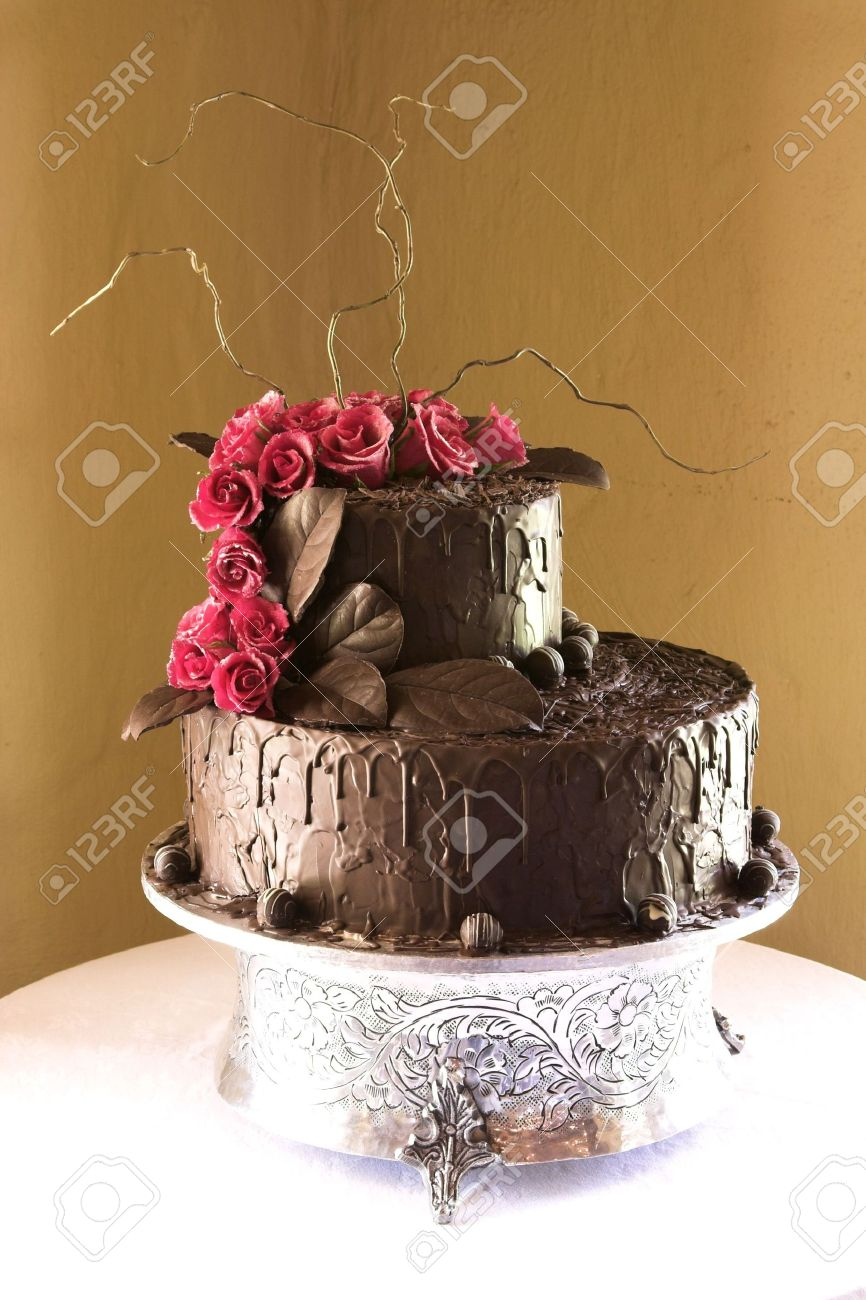 Pink And Chocolate Floral Design Wedding Cake Stock Photo, Picture ...