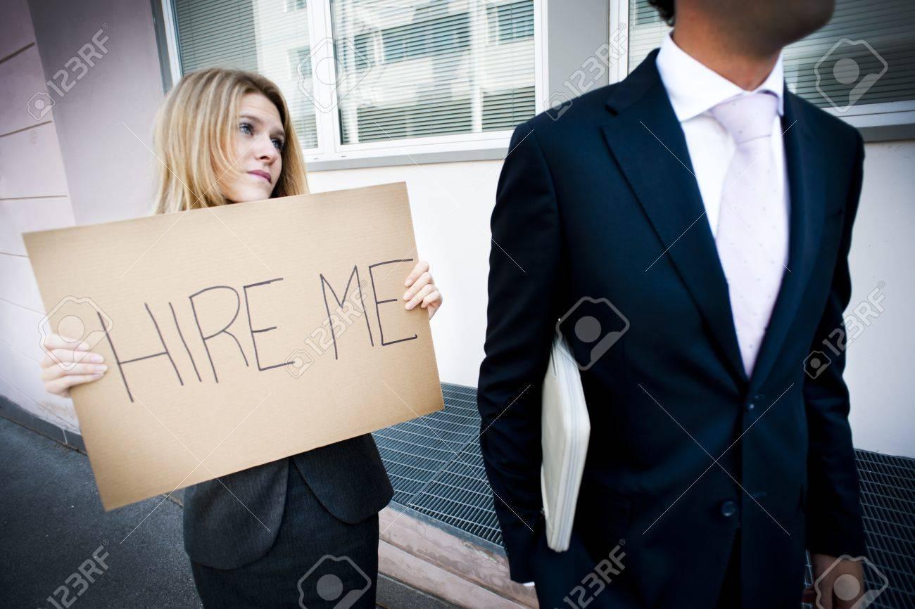 jeune femme cherche emploi)