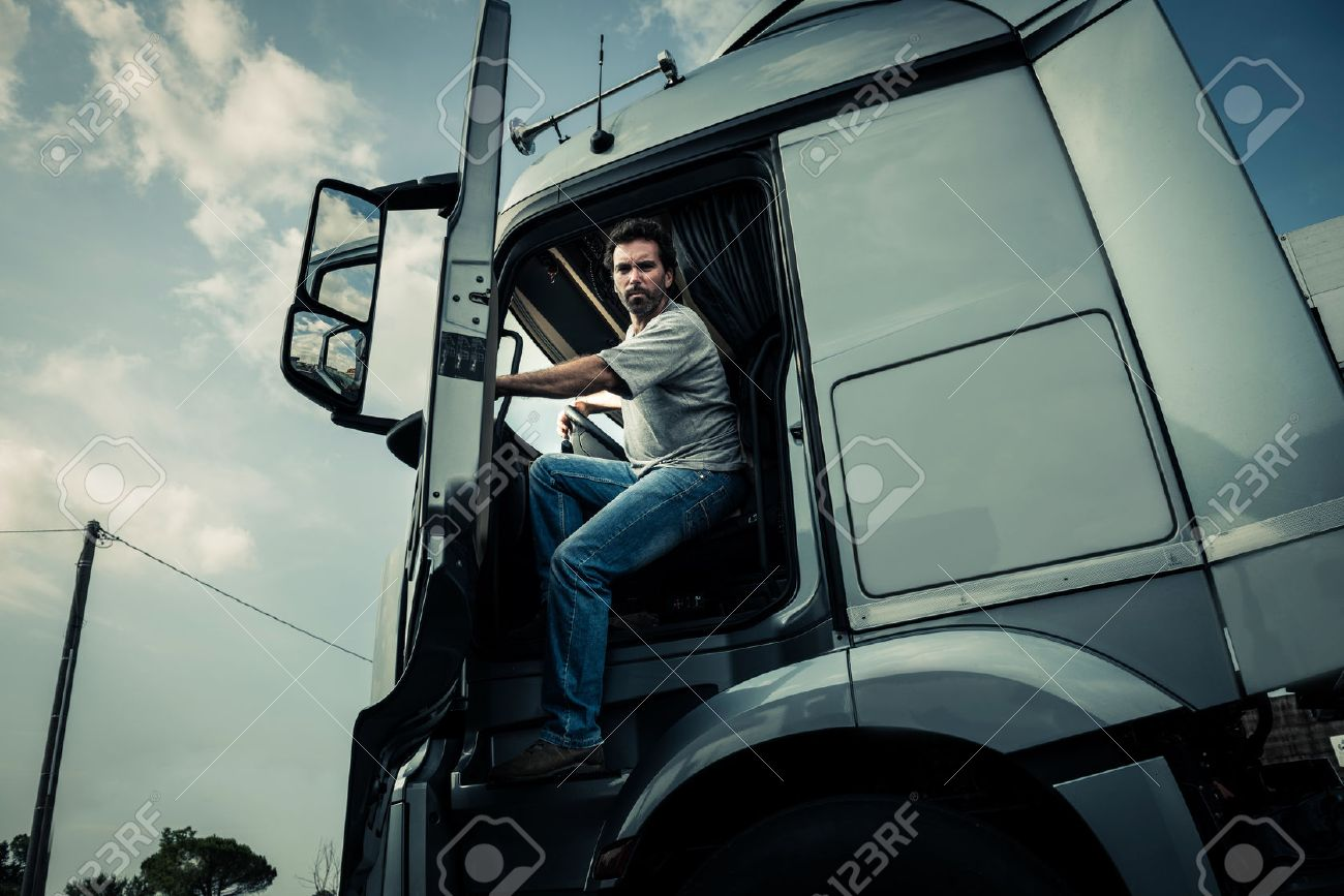 Truck driver coming out of track - 33894231