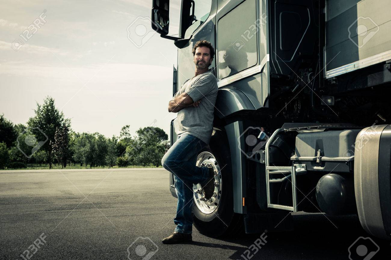 Portrait of a truck driver - 34005169