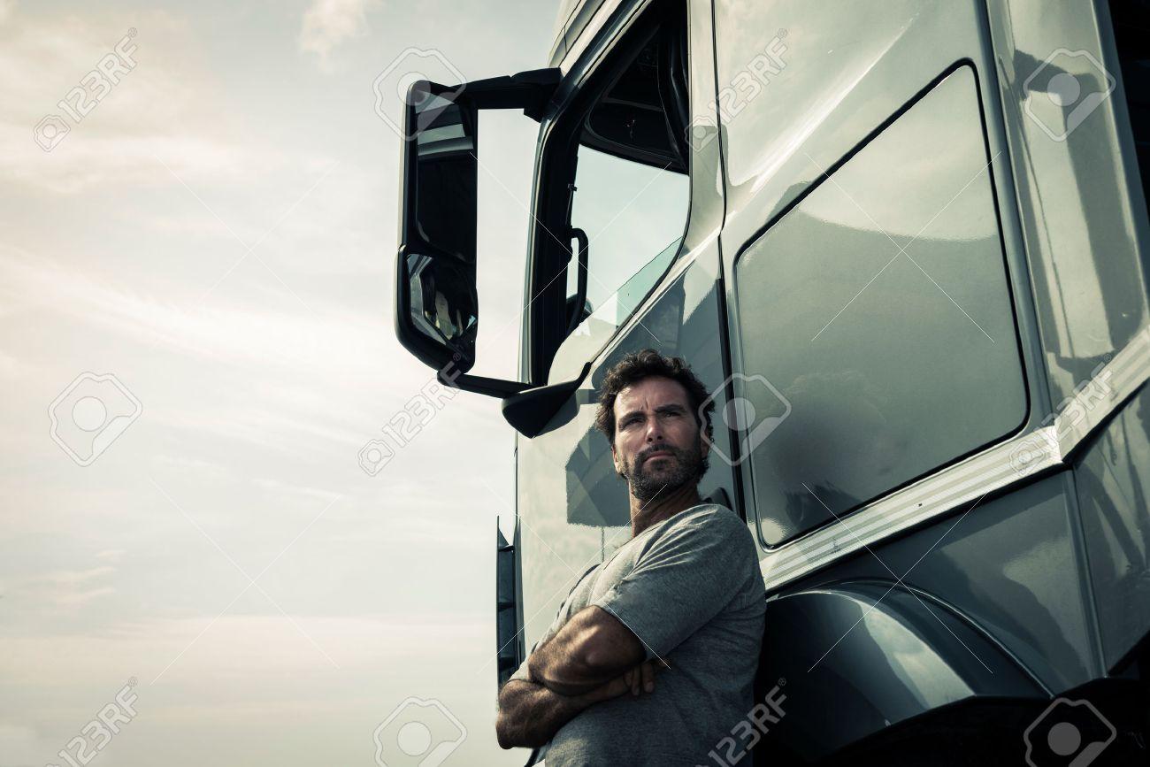 Portrait of a truck driver - 34005172